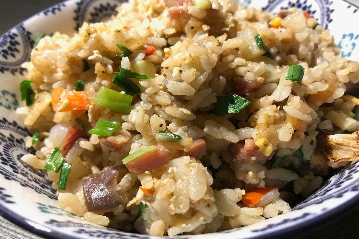 Cantonese fried rice: ©️ Nel Brouwer-van den Bergh