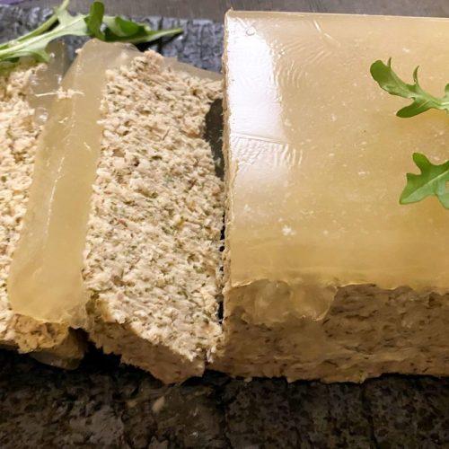 witvis paté in aspic ©️ Nel Brouwer-van den Bergh